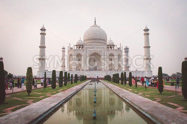 Taj Mahal - Symbiostock Express Demo